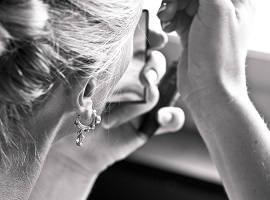 Как ухаживать за проколами в ушах