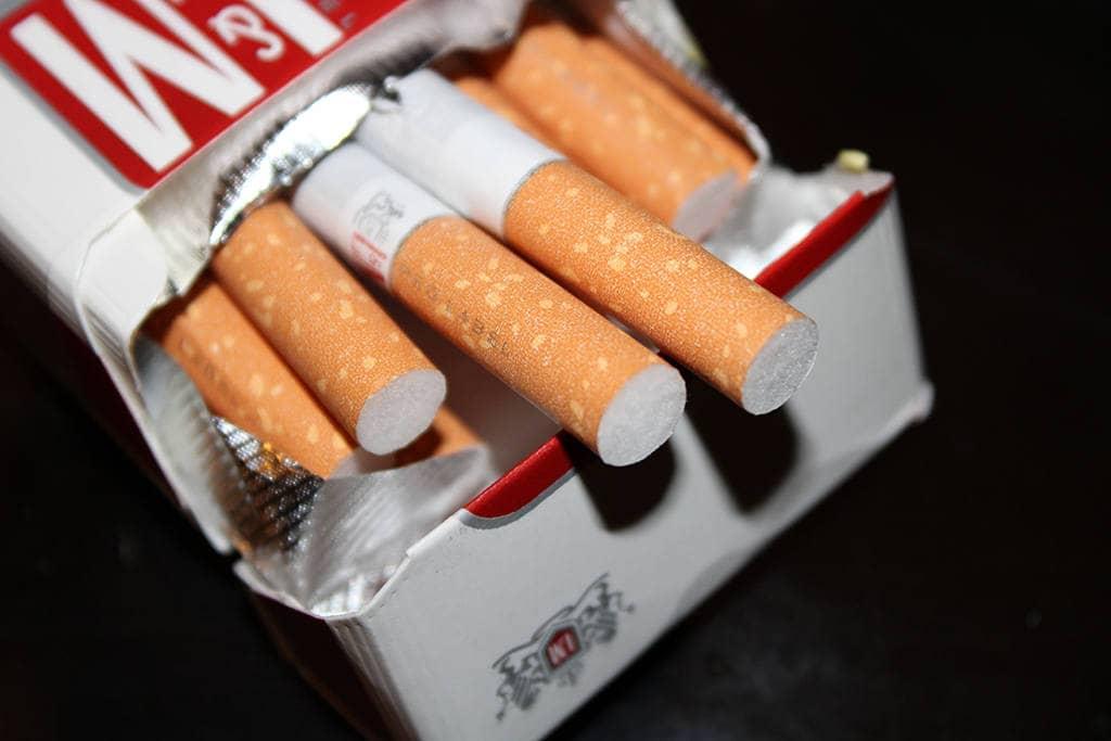 Пачка сигареть