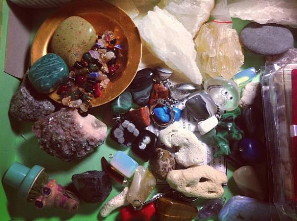 Адуляр — лунный камень