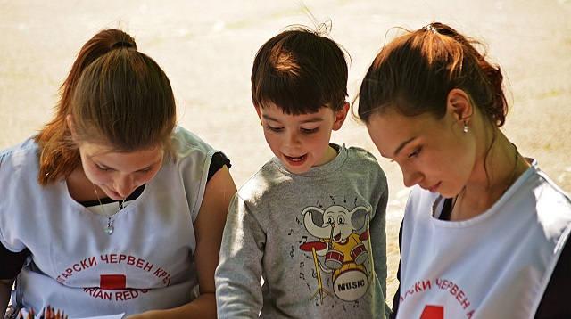 Как осуществлять общение с детьми РАС
