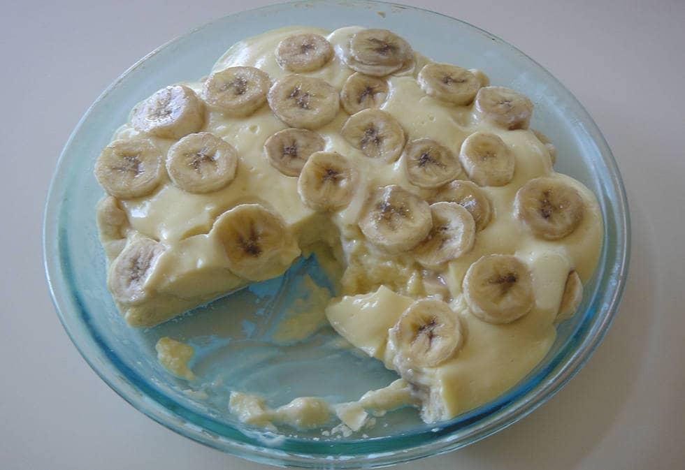 Шарлотка банановая