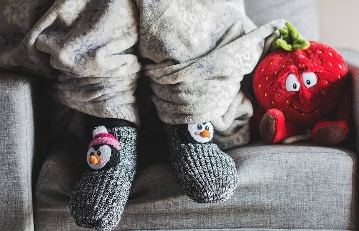 Детские носки на ребенке
