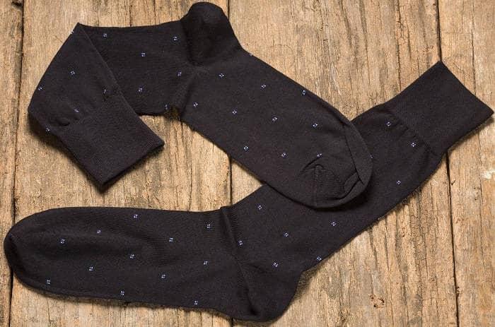 Носки из материала шелк