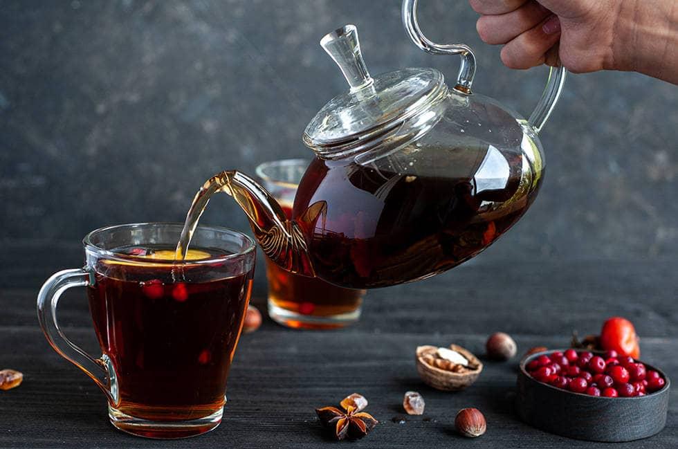 Брусника с чаем