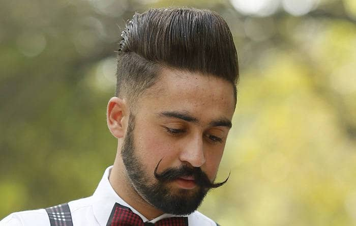 Стрижка comb-over